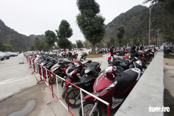 Bạch Đằng Giang hút khách vì không: thu phí, rác, kinh doanh - Ảnh 9.