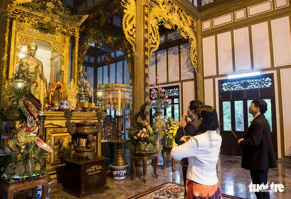 Lễ hội đền Huyền Trân ở Huế: Ngưỡng vọng tiền nhân - Ảnh 3.