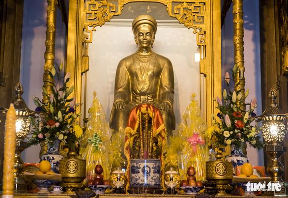Lễ hội đền Huyền Trân ở Huế: Ngưỡng vọng tiền nhân - Ảnh 1.