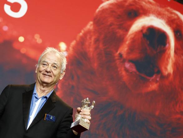Bộ phim giàu tính dục của Romania thắng giải Gấu vàng tại Berlin - Ảnh 6.