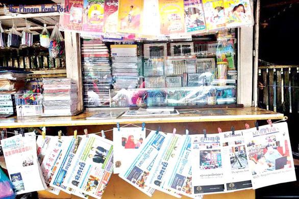 Báo tiếng Hoa mọc như nấm ở Campuchia - Ảnh 1.