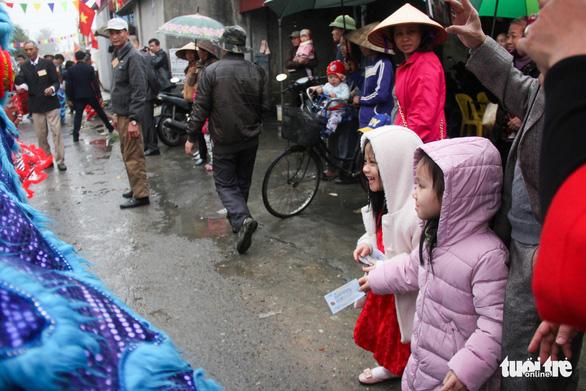 Độc đáo lễ hội cầu ngư - rước cá sủ vàng tại Hải Phòng - Ảnh 6.