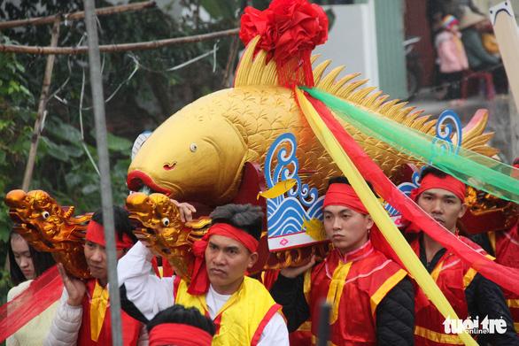 Độc đáo lễ hội cầu ngư - rước cá sủ vàng tại Hải Phòng - Ảnh 3.