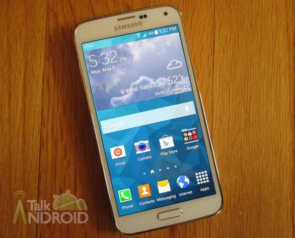 Trước giờ ra mắt Galaxy S9: Nhìn lại các đời Galaxy S của Samsung - Ảnh 6.