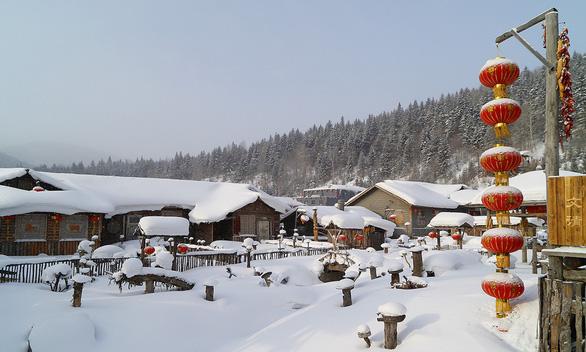 Ngôi làng tuyết trắng đẹp như trong cổ tích ở Cáp Nhĩ Tân - Ảnh 9.