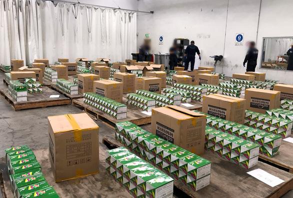 Úc tóm lô hàng ma túy đá 80 triệu đô từ Trung Quốc - Ảnh 2.