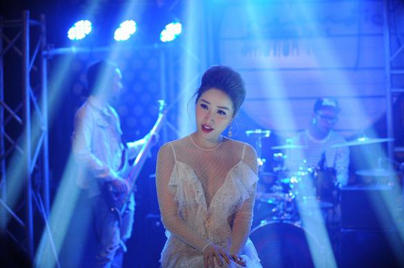 Bảo Thy tung MV nhạc phim Thử yêu rồi biết - Ảnh 1.