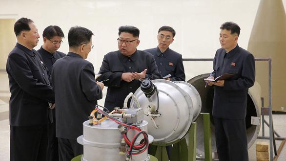Hòa hợp được bán đảo Triều Tiên, ông Trump sẽ ôm Nobel hòa bình - Ảnh 2.