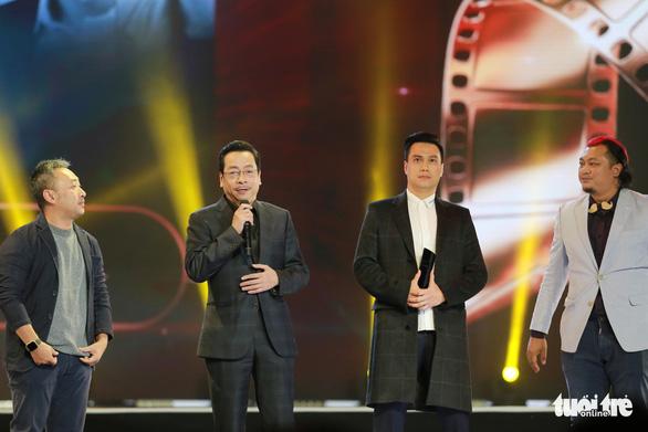 U23 Việt Nam bất ngờ nhận giải WeChoice 2017 - Ảnh 7.