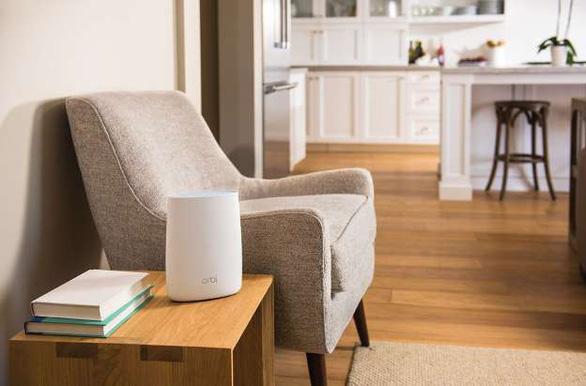 5 bước tăng tốc wifi và vì sao không nên cất router trong tủ - Ảnh 1.