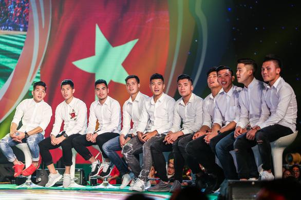 Quang Hải ghi bàn trước Xuân Bắc, Thu Phương, Huy Tuấn... - Ảnh 6.