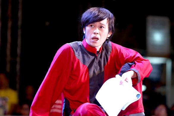 Nghệ sĩ Hoài Linh chúc Tết độc giả Tuổi Trẻ Online - Ảnh 3.