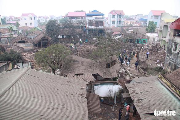 Nổ lớn kho phế liệu ở Bắc Ninh, nhiều căn nhà bị san phẳng - Ảnh 5.