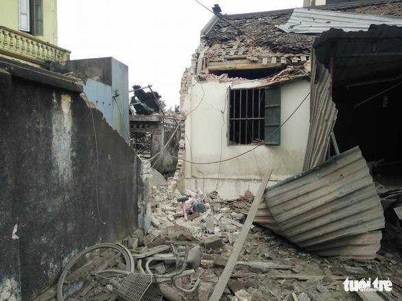 Nổ lớn kho phế liệu ở Bắc Ninh, nhiều căn nhà bị san phẳng - Ảnh 12.