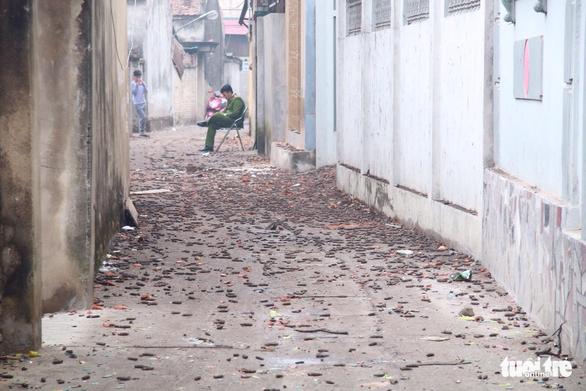 Nổ lớn kho phế liệu ở Bắc Ninh, nhiều căn nhà bị san phẳng - Ảnh 10.