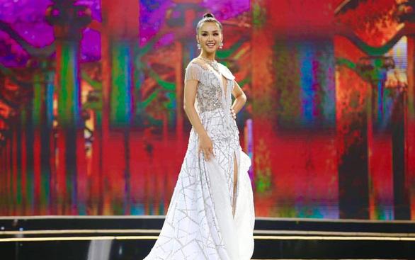 HHen Niê đăng quang Hoa hậu Hoàn vũ Việt Nam 2017 - Ảnh 25.