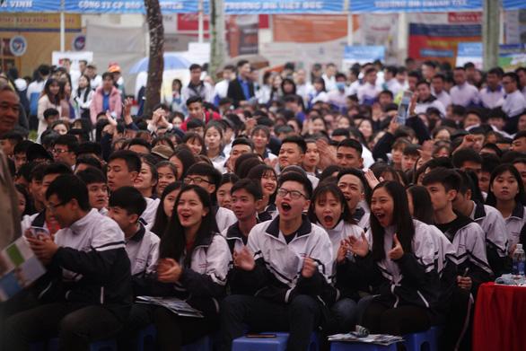 Thanh Hóa: sôi động với hàng ngàn học sinh - Ảnh 1.