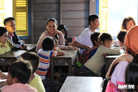 Việt Nam mong muốn Phnom Penh bảo vệ quyền lợi của người Campuchia gốc Việt  - Ảnh 1.