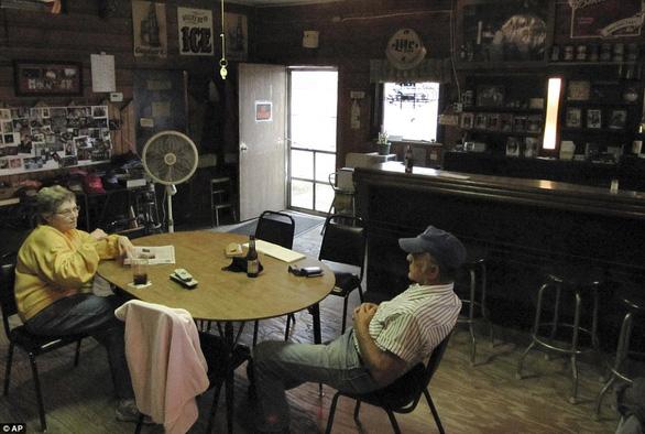 Thăm thị trấn nhỏ nhất nước Mỹ chỉ với một công dân 84 tuổi - Ảnh 3.