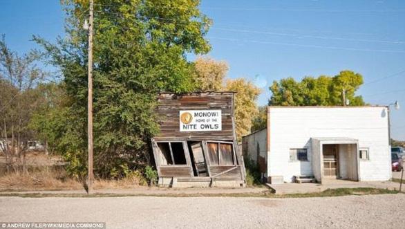 Thăm thị trấn nhỏ nhất nước Mỹ chỉ với một công dân 84 tuổi - Ảnh 4.