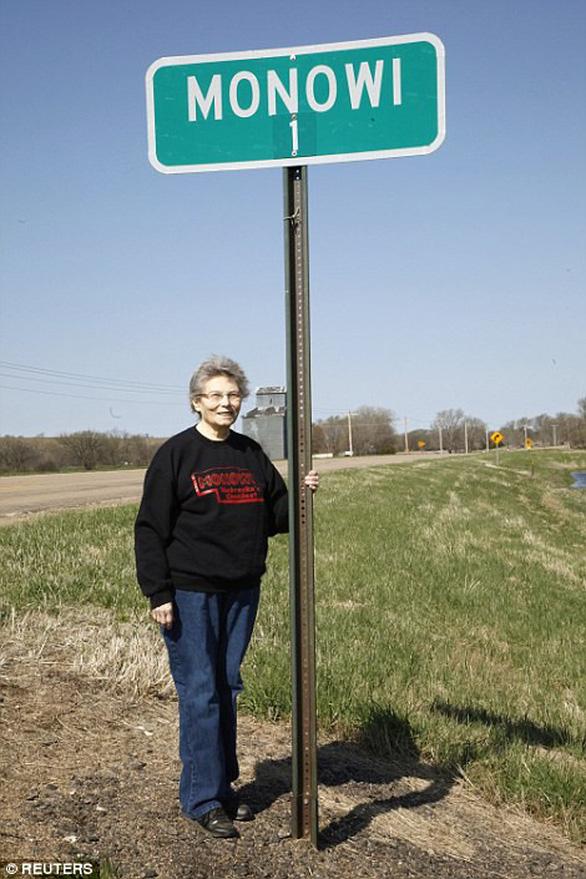 Thăm thị trấn nhỏ nhất nước Mỹ chỉ với một công dân 84 tuổi - Ảnh 5.
