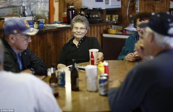 Thăm thị trấn nhỏ nhất nước Mỹ chỉ với một công dân 84 tuổi - Ảnh 6.
