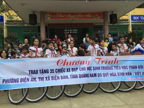 Quỹ vì hòa bình Hàn - Việt xin lỗi thân nhân người bị lính Hàn thảm sát - Ảnh 2.
