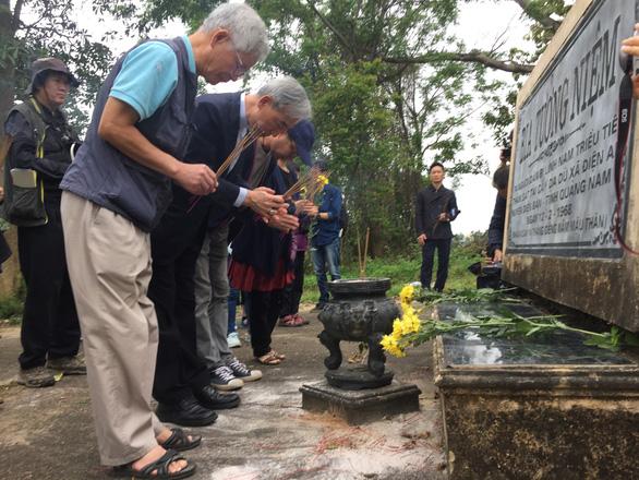 Quỹ vì hòa bình Hàn - Việt xin lỗi thân nhân người bị lính Hàn thảm sát - Ảnh 1.