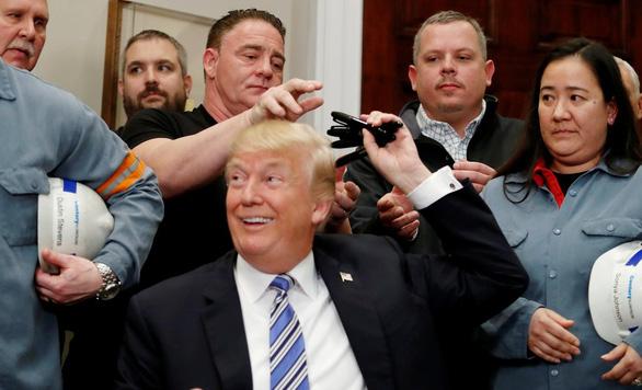 Cây gậy thuế thép và nhôm của ông Trump - Ảnh 3.