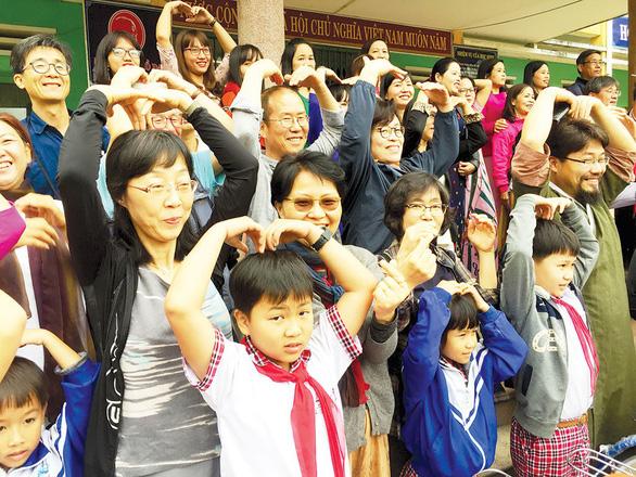 Quỹ vì hòa bình Hàn - Việt xin lỗi thân nhân người bị lính Hàn thảm sát - Ảnh 8.