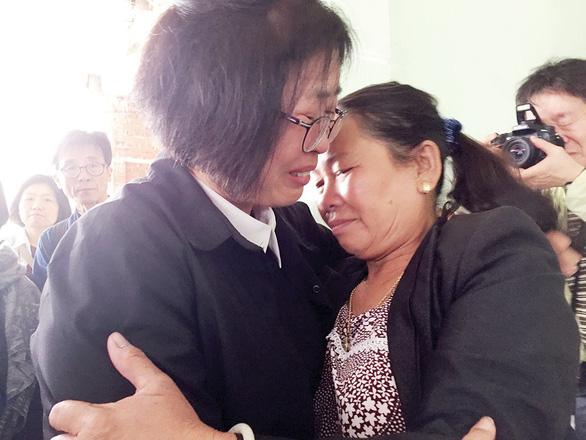 Quỹ vì hòa bình Hàn - Việt xin lỗi thân nhân người bị lính Hàn thảm sát - Ảnh 6.