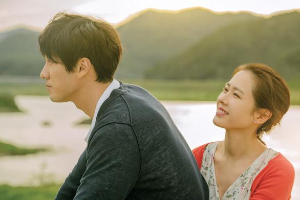 Son Ye Jin - So Ji Sub nên duyên vợ chồng sau... 17 năm gặp lại - Ảnh 1.