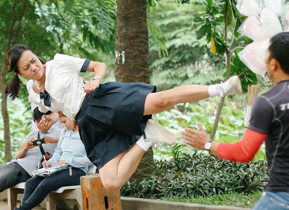 Nghe Hoàng Yến Chibi hát Nụ hôn đánh rơi của Tháng năm rực rỡ - Ảnh 3.