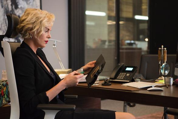 Charlize Theron hấp dẫn chết người trong phim hài Gringo - Ảnh 7.