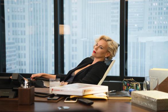 Charlize Theron hấp dẫn chết người trong phim hài Gringo - Ảnh 10.
