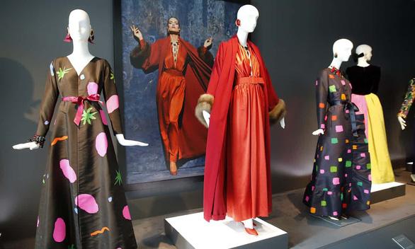 Hubert de Givenchy - Người đàn ông thanh lịch đã không còn - Ảnh 9.