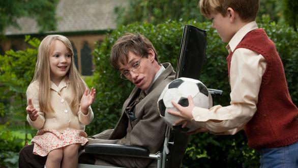 The Theory of Everything: cuộc đời Stephen Hawkingqua điện ảnh - Ảnh 12.