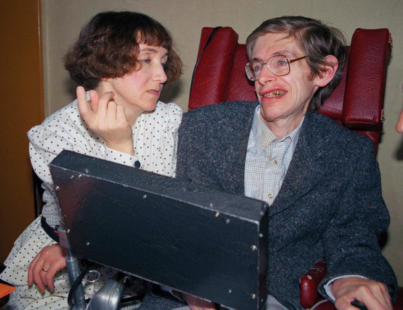 The Theory of Everything: cuộc đời Stephen Hawkingqua điện ảnh - Ảnh 4.