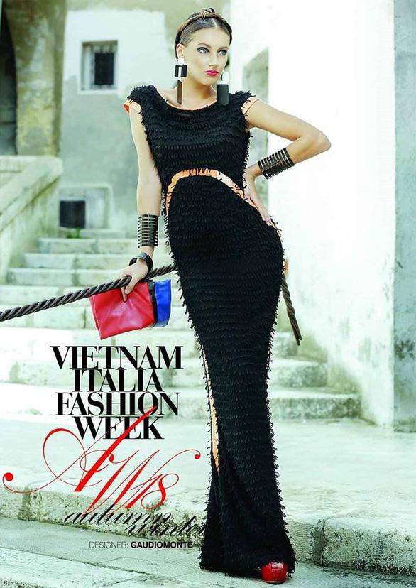 Ngắm thời trang Việt - Ý và xem triển lãm ươm tơ dệt lụa - Ảnh 4.