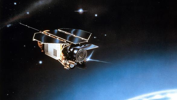 Những lần rơi vệ tinh khiến Trái đất thót tim - Ảnh 6.