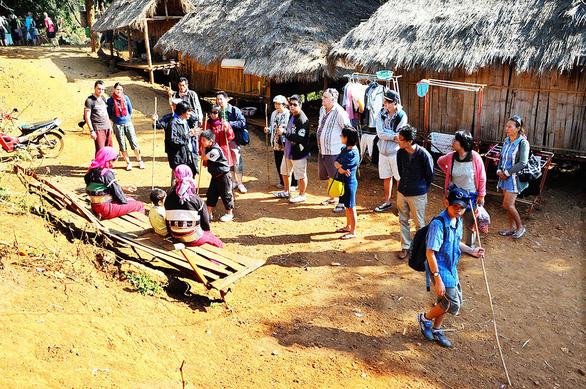 Người Việt chi bạo cho du lịch: Đến Nhật để mua nồi cơm điện - Ảnh 3.