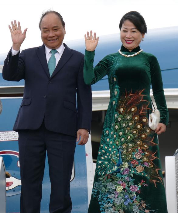 Thủ tướng Nguyễn Xuân Phúc đến thăm Sydney - Ảnh 1.