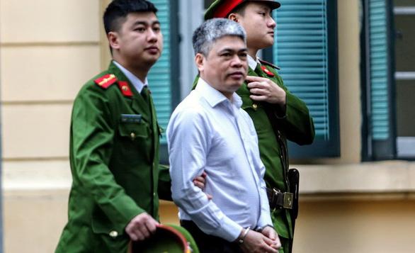 Ông Đinh La Thăng bị cáo buộc cố ý làm trái vụ 800 tỉ ra sao? - Ảnh 6.