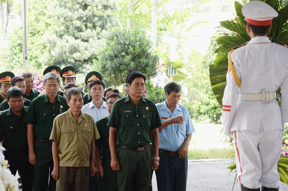 Lịch trình di quan linh cữu nguyên Thủ tướng Phan Văn Khải - Ảnh 3.
