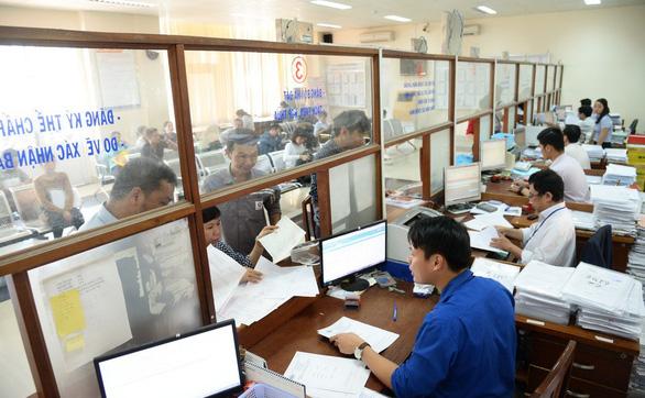 Hàng loạt thay đổi trong chế độ tiền lương công chức, viên chức - Ảnh 2.