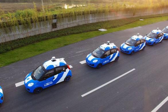 Trung Quốc lần đầu tiên cấp phép thử nghiệm xe không người lái - Ảnh 1.