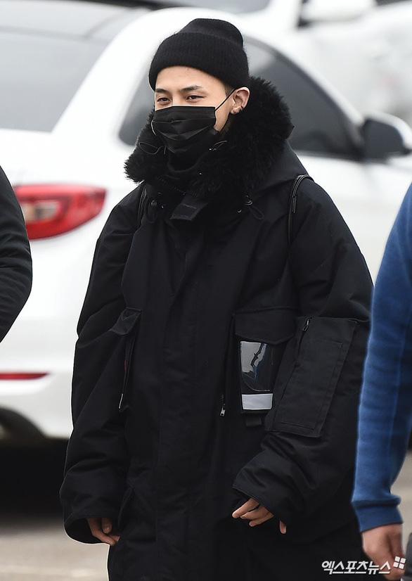 G-Dragon - BigBang và những hình ảnh đáng nhớ ngày nhập ngũ - Ảnh 3.