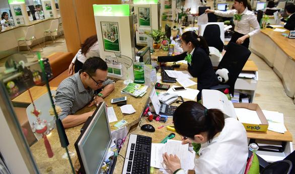 Vốn hóa thị trường Vietcombank vượt 10 tỉ USD - Ảnh 2.