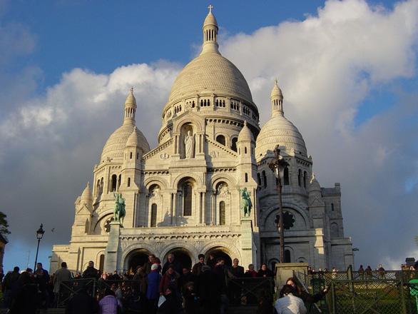 6 địa điểm nhất định phải ngắm khi du hí Paris - Ảnh 6.