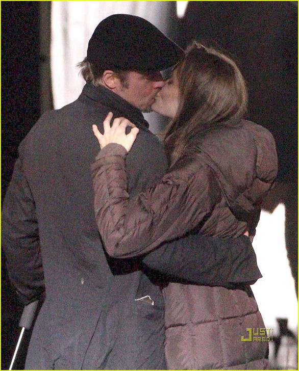 Brad Pitt và Jennifer Aniston tái hợp: trò vịt của truyền thông - Ảnh 4.